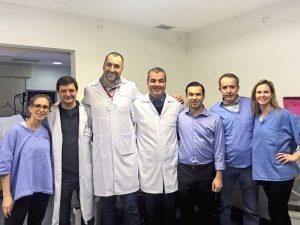 Professores afiliados da FMABC durante primeira gastroplastia endoscópica do país, realizada no Hospital Estadual Mário Covas